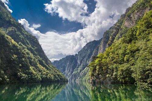 sky reflection green river serbia balkan srbija reka republikasrpska taramountain zapadnasrbija irenebecker irenebeckerorg taranationalpark imagesofserbia drinacanyon serbianlandscapes
