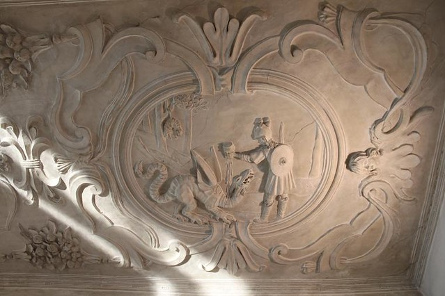 stucco decoration on ceiling