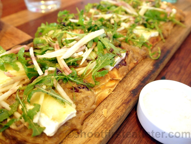Wildflour Cafe + Bakery- tarte flambé, caramelized onions, brie cheese, apple P425