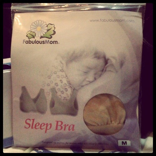 Thank you @mamababylove for this really comfortable sleep bra! i wore this when we visited baby N :)