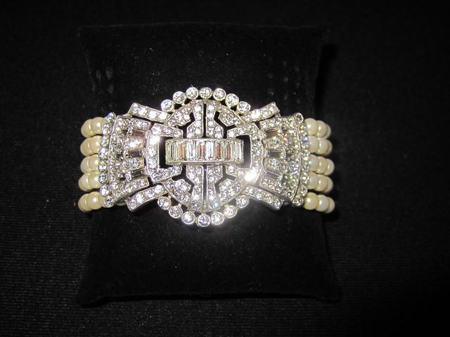 art deco bridal bracelet, pearl and crystal bridal bracelet, bridal bracelet with brooch