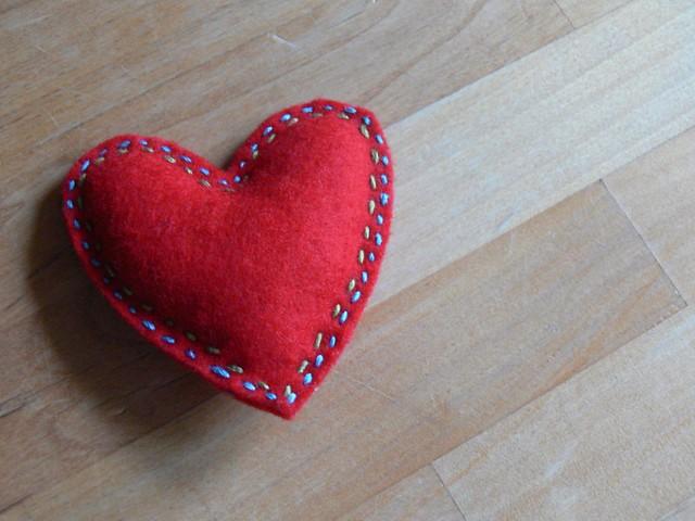 Jenny: Felt Heart For Kindergarten