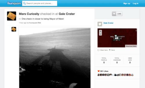 Curiosity check-in Foursquare