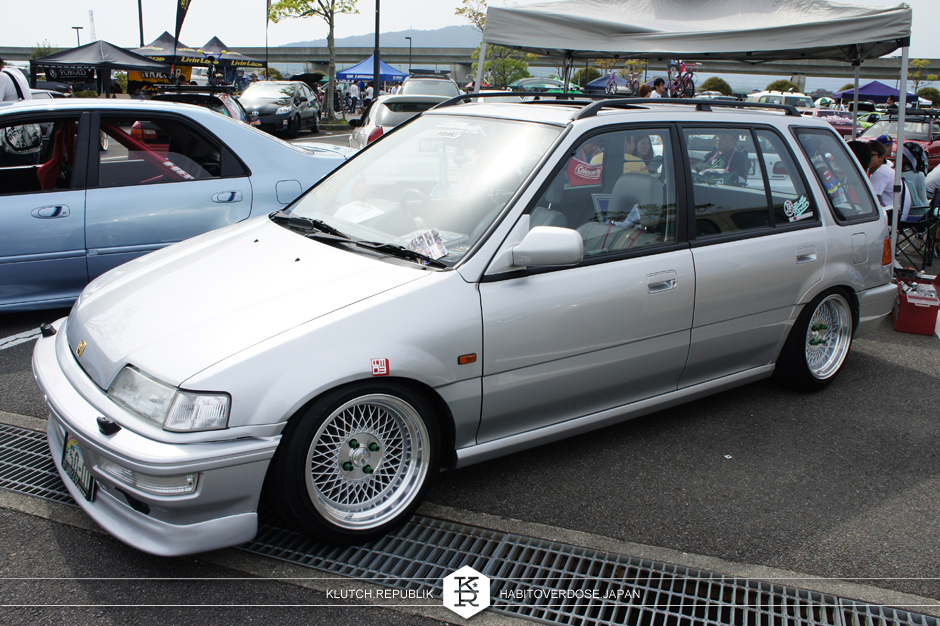 Honda hatch EF slammed on klutch wheels 15x8.5 SL1 silver