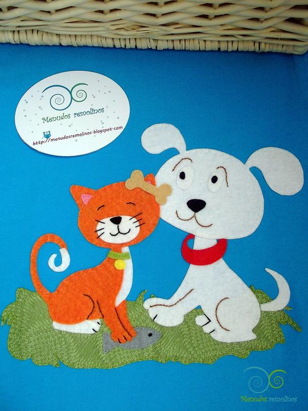 Camiseta perro y gato