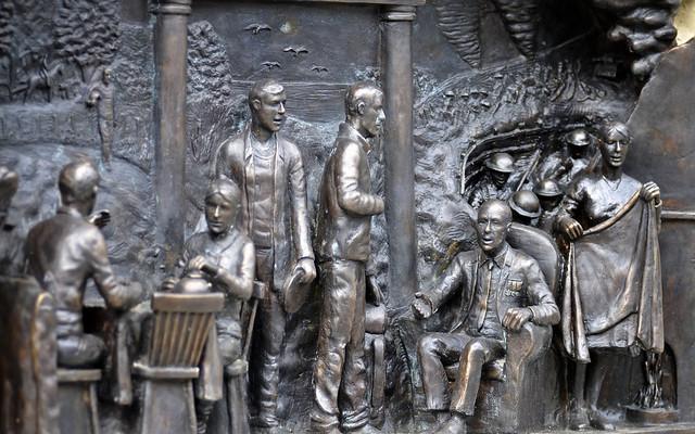 Canongate Bronze