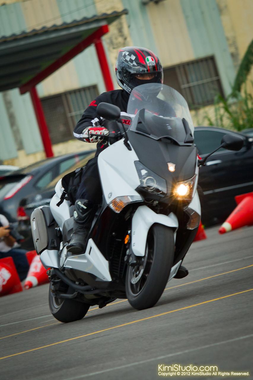 2012.09.01 T-MAX 530-070