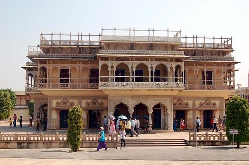 Im Willkommenspalast verschmelzen indische, europäische und islamische Architekturelemente