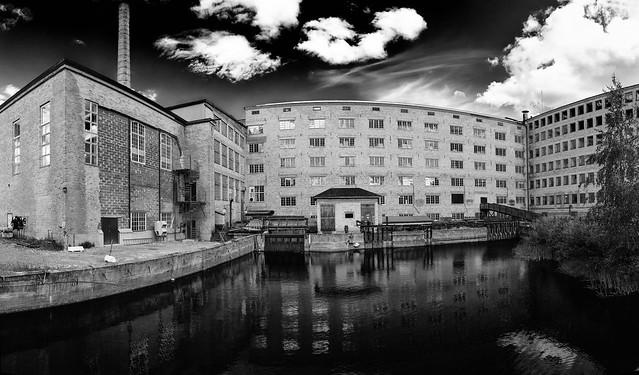 Tidstrands yllefabrik, Sågmyra