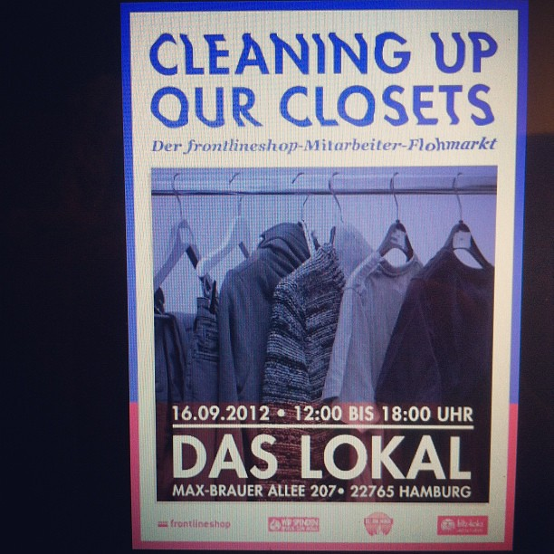 7995724671 729a7b8d11 z Frontlineshop Mitarbeiter Flohmarkt x Cleaning Up Our Closets