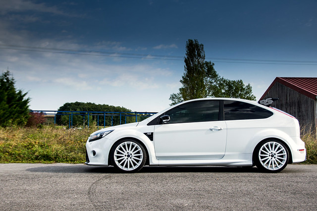Ford Focus RS - Bayonne Auto Racing -