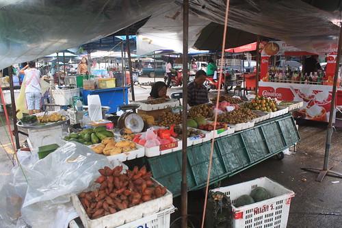 タクアパ市場とお昼ご飯 (1)