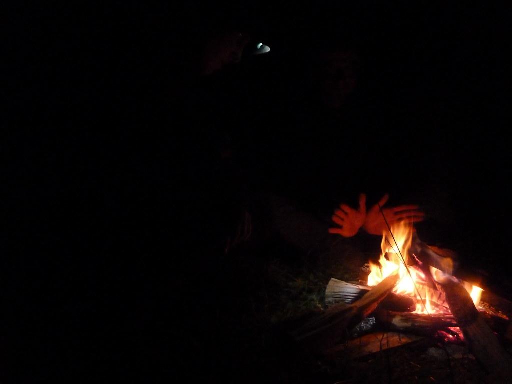 Foc de camp al campament de Sigulda (Letònia)