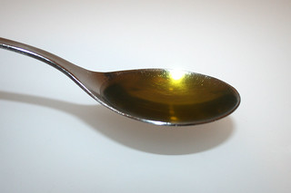 12 - Zutat Olivenöl / Ingredient olive oil