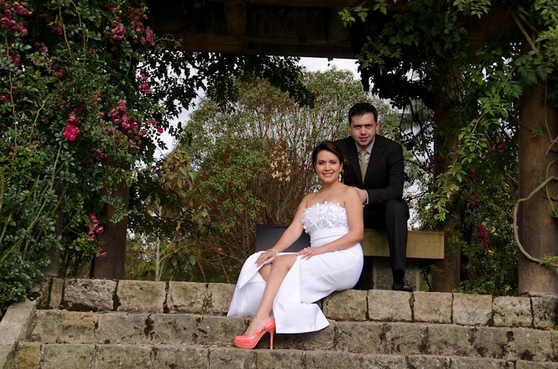 Boda en el jardin botanico bogot fotograf a de bodas for Boda en el jardin botanico