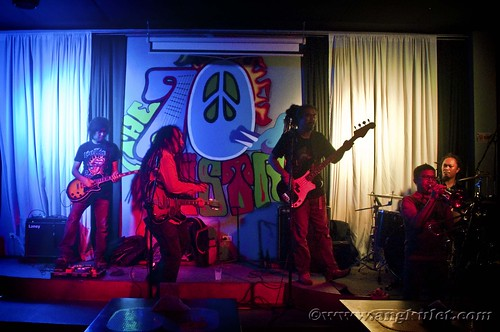 Jeck Pilpil & the Peacepipe at 70s Bistro