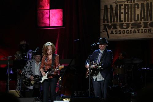 Buddy Miller, Bonnie Raitt, John Hiatt