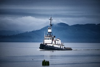 Tug on the Columbia.  Flashbook to my youth on the Mississippi.  Columbia River, Astoria, OR.