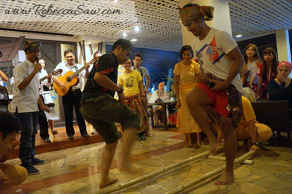 Theme Dinner & Prize giving Ceremony - malaysia tourism hunt 2012-005