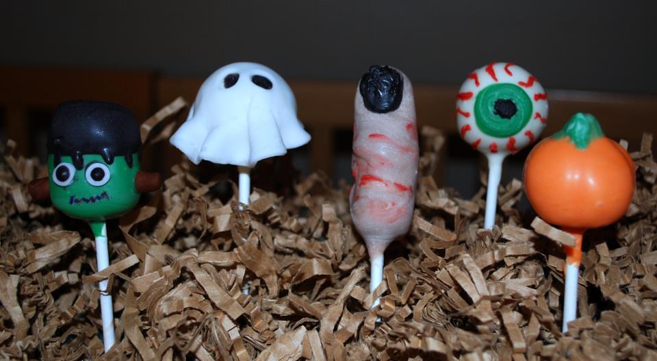 Fun Halloween cake pops: broom, - 77.9KB