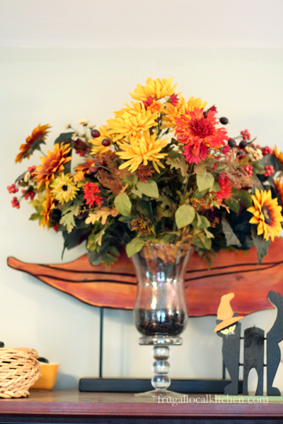Frugal Fall Decorations: Use Dried Beans and Corn