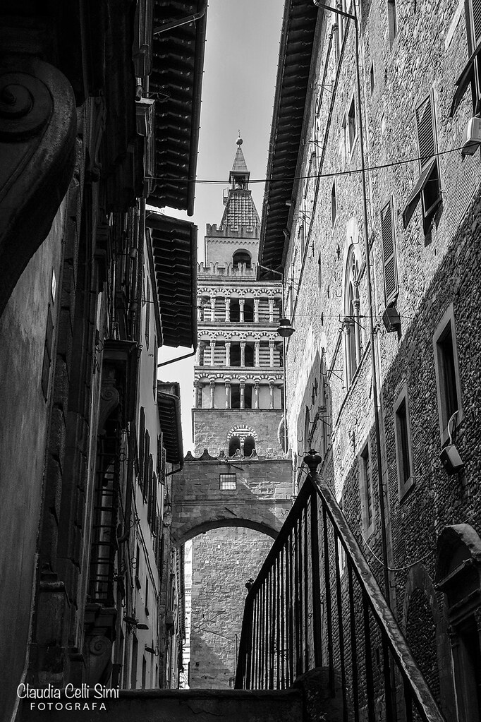 Palazzo fabroni pistoia italy around guides - B b canto alla porta vecchia pistoia ...