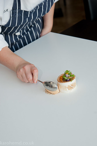 Plating the meringue