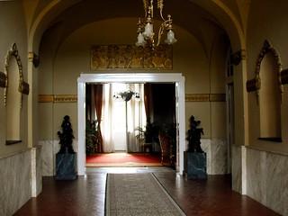 Dvorac Dunđerski, inside