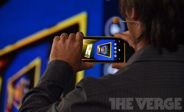 цена Nokia Lumia 920 и Lumia 820