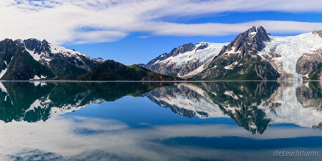 Mirrored Western-Glacier