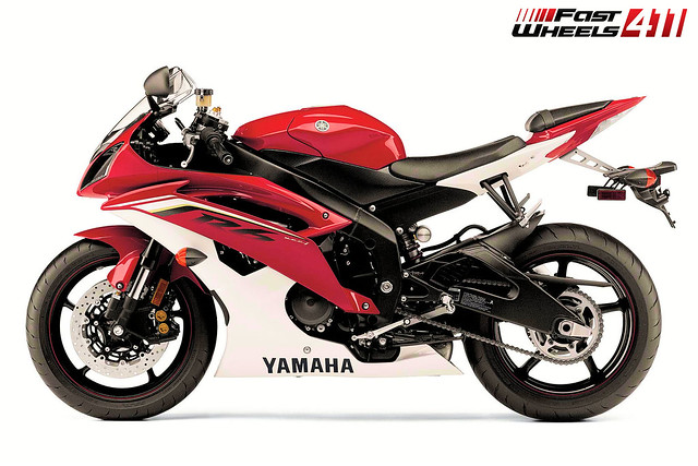 7982735248 915860cbe9 z jpgYamaha R6 White And Red