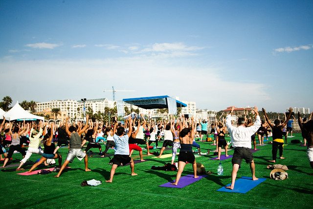 wanderlust in the city santa monica yoga