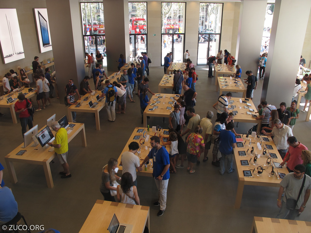 Apple Store in Barcelona