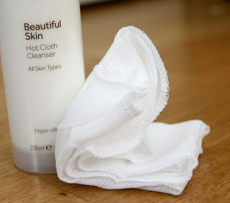 No7 beautiful skin hot cloth cleanser1