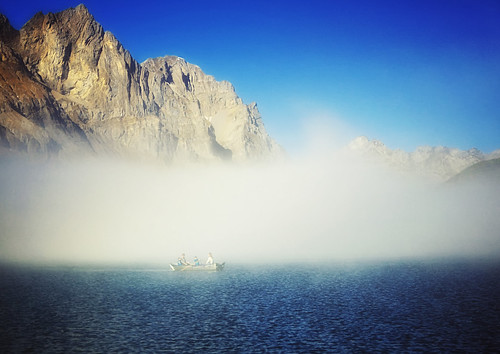 blue light people mountain lake nature fog landscape photography schweiz switzerland photo nikon day swiss mount d90