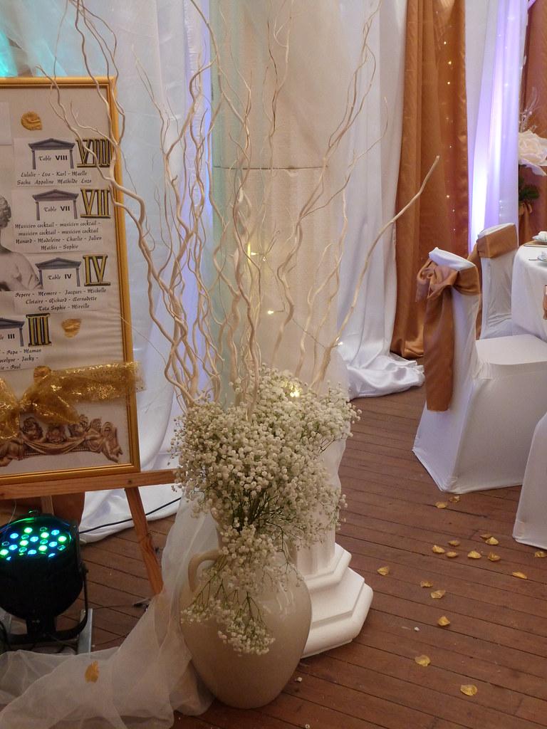 mariage or et blanc decoration mariage or et blanc tentures mariage decors salles. Black Bedroom Furniture Sets. Home Design Ideas