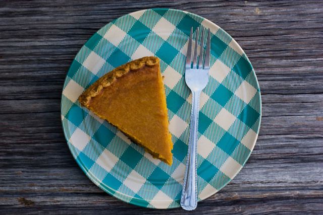 sweet potato pie, how to bake a pie, fall pie recipe, recipes, baking, baking pies, Thanksgiving recipes, Thanksgiving pie recipe