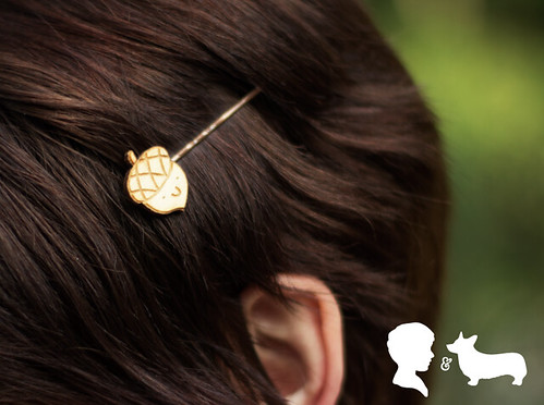 Katherine wears my Acorn Hairpins!
