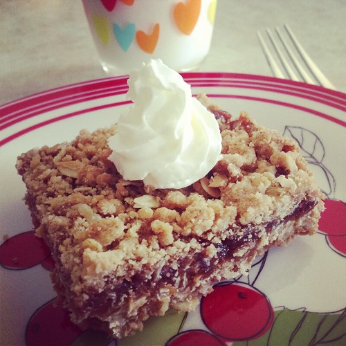 Home Made Strawberry Oat Bar by Heather Says