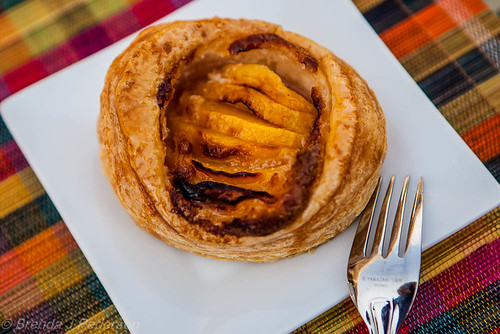 Puff Pastry Peaches