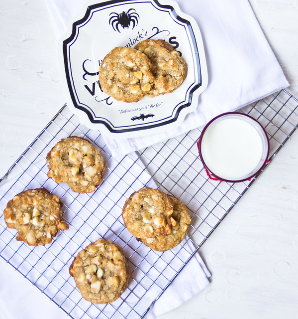 Macadamia and White Chocolate Chunk Cookies