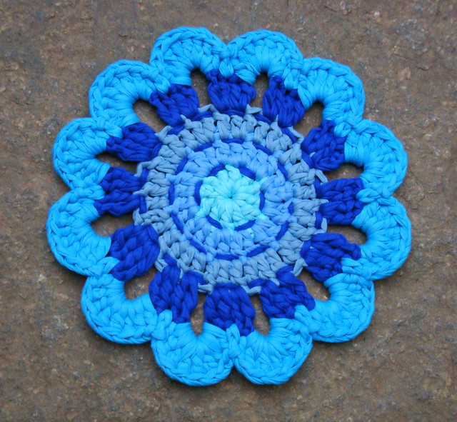 Photo - Napperon crochet chemin de table ...