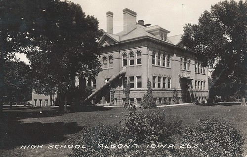 Algona, Iowa, High School