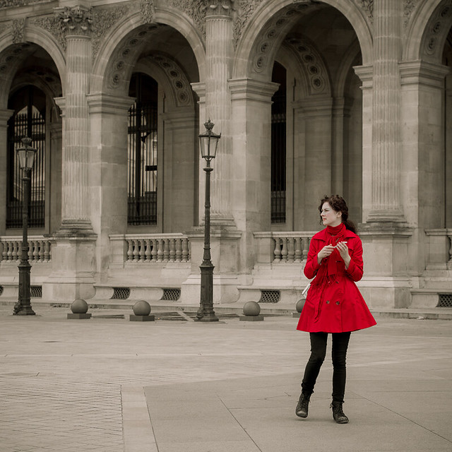 Woman in red - Paris