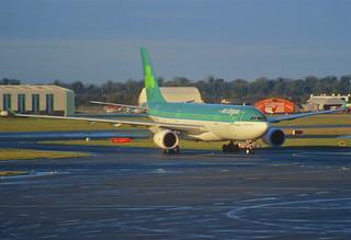 120ai - Aer Lingus Airbus A330-200; EI-EWR@DUB;08.01.2001