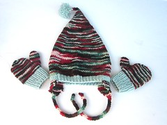 Toddler Tickle Hat and Mittens * Winter Bloom*