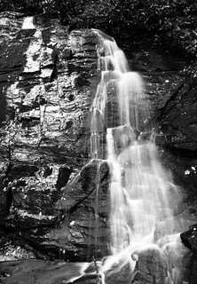Juneywhank Falls (B&W)