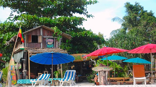 Babylon Bar - Pantai Cenang - Langkawi - Malassia Photo by Philip Karstadt