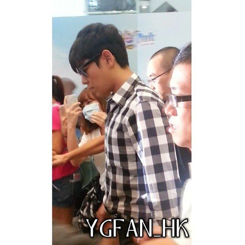 TOP-HongKongAirport-26sep2014-Fansite-ygfan_hk-01