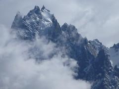 Sommet dans les nuages